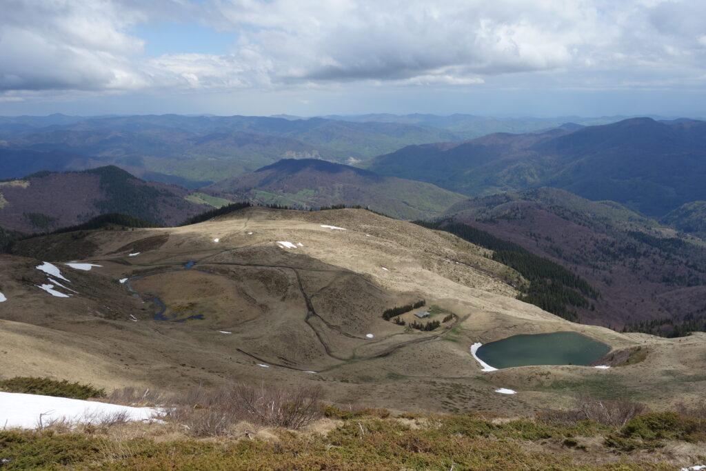 Priveliște de pe vârful Mălâia